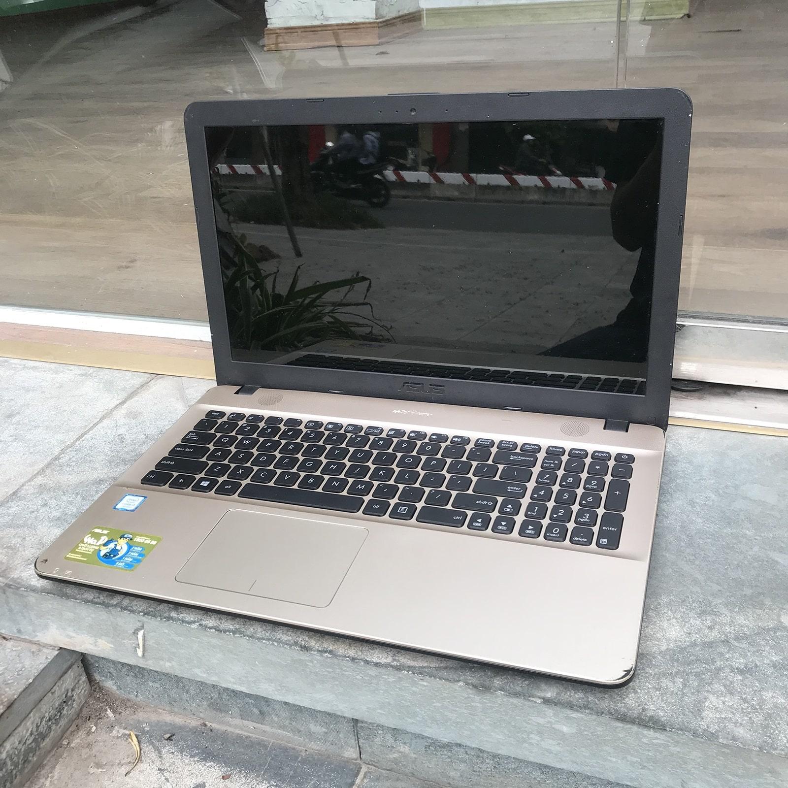 ASUS X541U Core i3 7100U, Ram 4GB, HDD 1TB, 15.6 Inch HD, HD Graphics 620