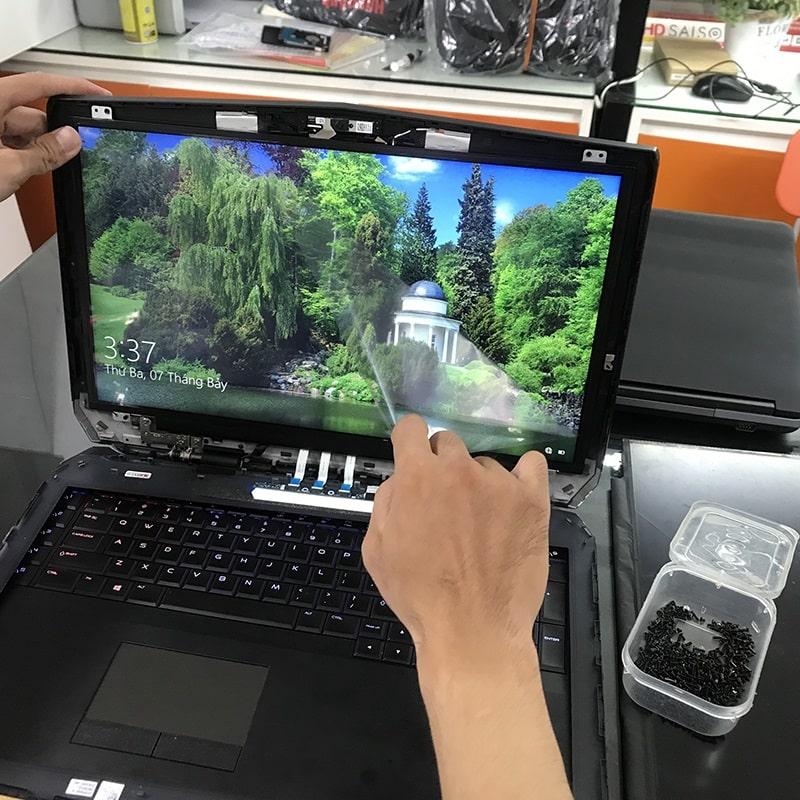Thay màn hình Laptop Dell  Alienware 17 R3 R4 R5 17.3 inch Full HD IPS, UHD ( 3840 x 2160 ) 4K